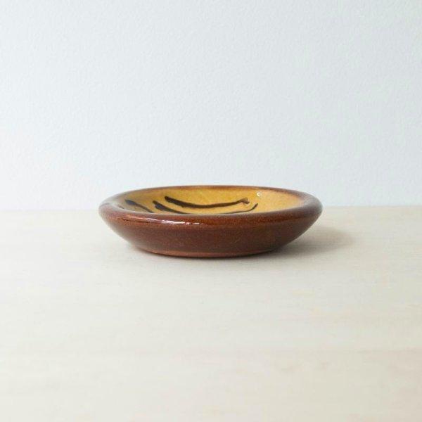 画像2: 【湯町窯】小皿スリップ(キイロ波)
